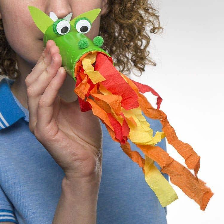 O que fazer com rolos de papel higiénico - uma língua de dragão