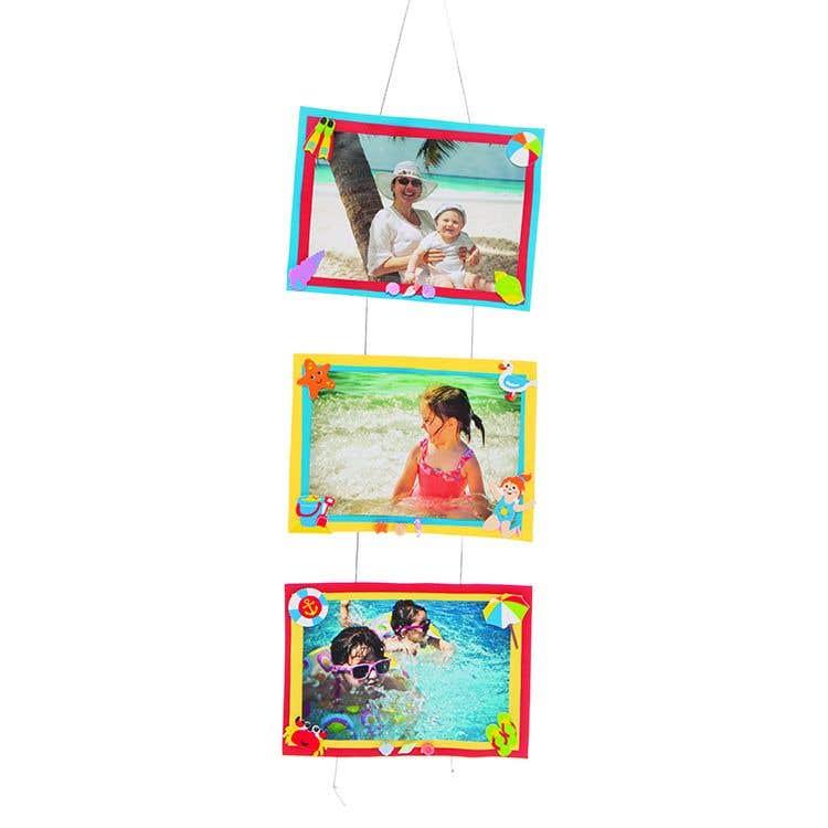 Holiday Photo Wall Hanger