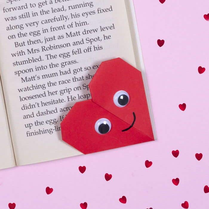 Valentine's Origami Bookmark (Heart) - YouTube | 2022x2022