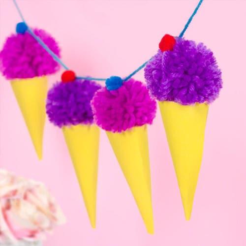 summer-pom-poms